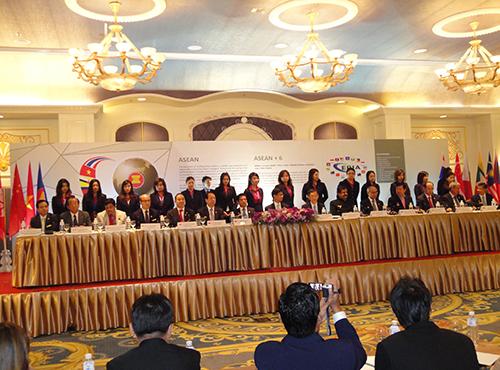 2012年9月14日(金)第1回ASEAN宝石首脳会談